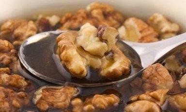Полезные свойства орехов с медом, рецепт витаминной смеси