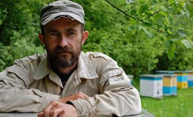 Пчеловод Сергей Самойлов
