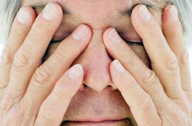 Использование меда ля глаз