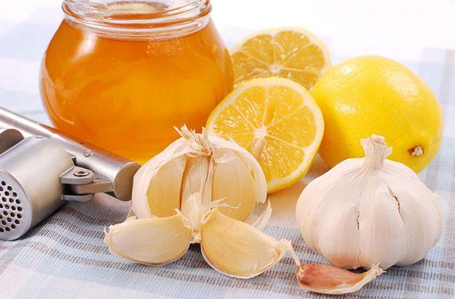 Мед, чеснок, уксус и лимон