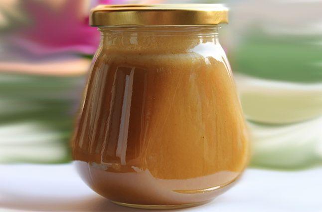 Мед с прополисом в банке